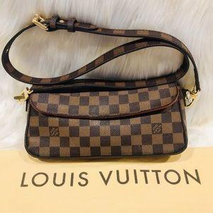 Authentic Louis Vuitton Recoleta #5.9R